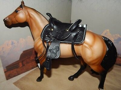 Western Model Hand Tooled Leather Saddle For Horses Of A Scale Of 1.9 & Larger