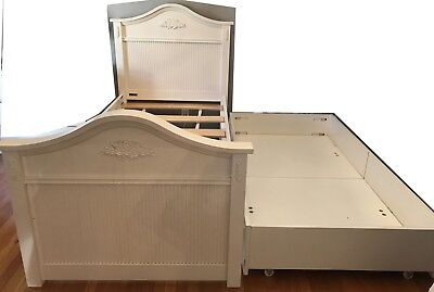 CAFE KID GIRLS 8 pc Bedroom Set Costco White Twin Bed Trundle ...