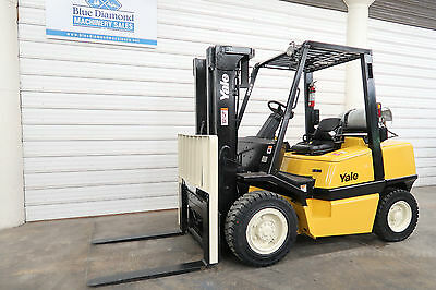 Yale GLP080 8,000 Pneumatic Tire Forklift, LP Gas, 3 Stage, H90XM H80XM GLP090