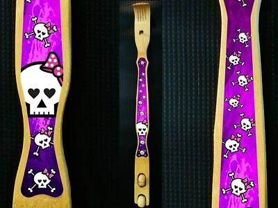 Girly Skulls - 18'' Bamboo Back Scratcher Back massager -   skull with pink bow