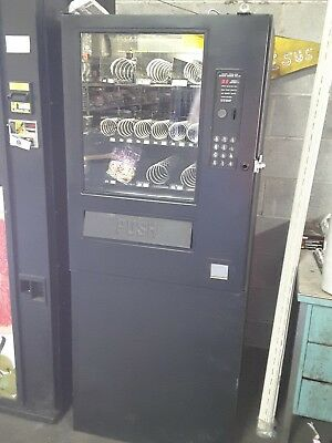 AP Automatic Products CS 12 snack machine - Accepts Coins only