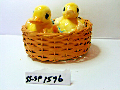 hatching ducklings salt and pepper shakers