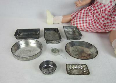 Antique And Vintage Childs Toy Tin Bake Ware Kitchen Cooking Set