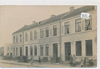 CPA - 57 - Bitche (à confirmer) - carte photo de rue animée