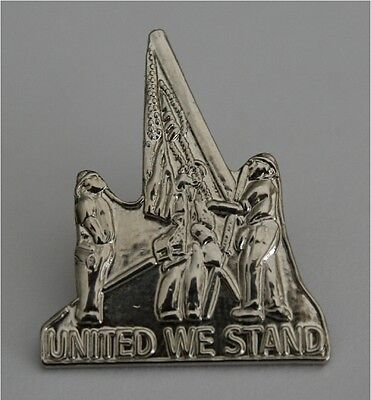 (LOT of 100) 9/11/2001 WTC UNITED WE STAND WORLD TRADE CENTER REMEMBRANCE PIN