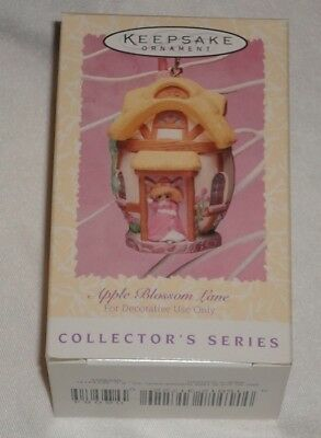 HALLMARK SPRING / EASTER ORNAMENT ~ APPLE BLOSSOM LANE ~ 2nd in SERIES ~ 1996