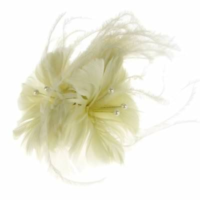 Oslo Feather Fascinator on Comb in Ivory (e7206ivy)