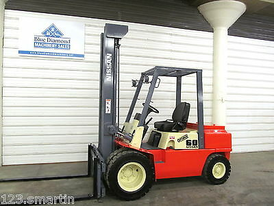 Nissan 6,000 DIESEL Pneumatic Tire Forklift, Tall 3 Stage, S/S, 8FGU30