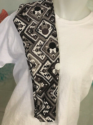 NWT LuLaRoe Disney Kids S/M Leggings Black and White 304