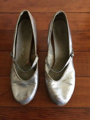 Vintage Theatricals Silver Tap Dance Shoes Size 6-1/2 Strap and Buckle