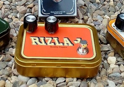 Germanium fuzz face clone effect in  Rizla tobacco tin + MoJo Parts CBG & Guitar