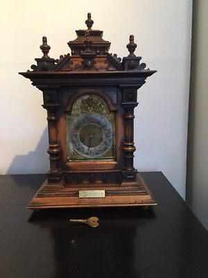 Antique Oak And Brass Cased Bracket Clock 1/4 Strike Ting Tang Movement