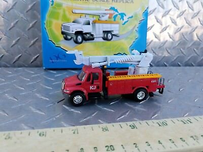 1/64 Dg Productions Dcp Red Utility Digger Derrick Bucket Truck Semi Diecast Toy