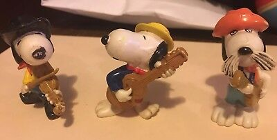 Vintage PEANUTS GANG Rubber FIGURINES with SNOOPY  MUSICIANS Lot of 3