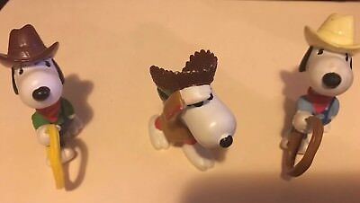 Vintage PEANUTS GANG Rubber FIGURINES with SNOOPY COWBOYS AND INDIAN Lot of 3