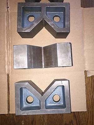"V-Block Machinist Ground Precision 6"" X 2 1/2"" X 3 1/2"" Qty 3, 5"" X 2"" X 3 1/8"""