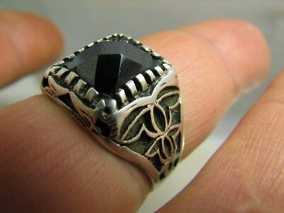 EXCELLENT ! AUTHOR'S WORK ! VINTAGE STERLING SILVER RING with STONE !  #111