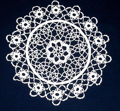 TATTED PAIR 9 1/2 inch WHITE HANDMADE DOILIES (2 Doilies) FLOWER PATTERN