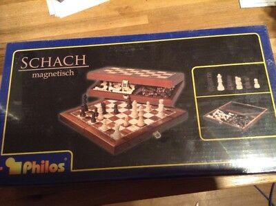 Schach Magnetic Chess Set
