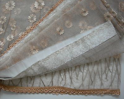Pair of 2 Antique-Gold Colour Laced/Daisy Floral Curtains Classic Style