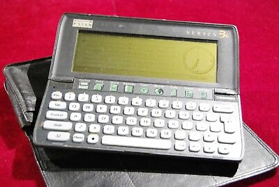 Psion Series 3c vintage PDA. 2MB. Leather case and full user guide. Working.