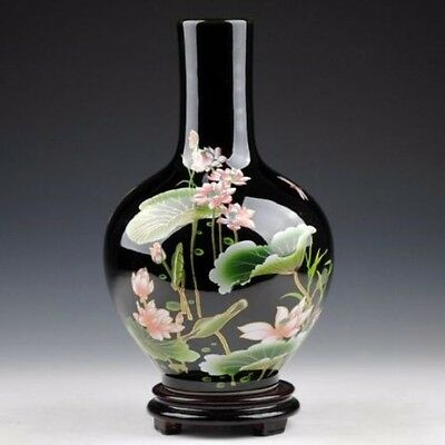 Exquisite Chinese Black porcelain handmade painting Lotus vase