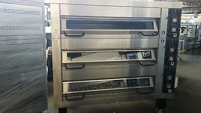 Carlyle Ultima 18 Tray 3 Deck Oven