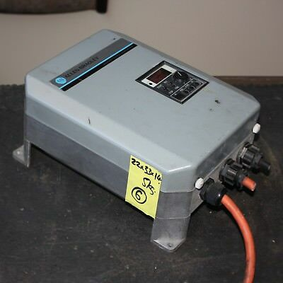 Allen Bradley Adjustable Frequency AC Motor Variable Speed Drive 0.75kW VSD