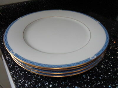 Boots Blenheim Dinner Plates X 4