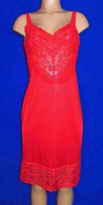 Vanity Fair~Gorgeous Full Slip with Back Slit~Lipstick Red~36