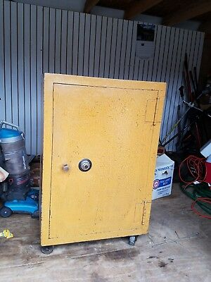 Vintage Steel Corp. Floor Safe