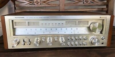 Vintage Realistic Sta-2100D Stereo Receiver Looks Great, Walnut Wood Silver Face