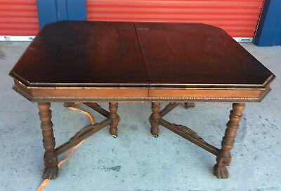 Antique Wood Dinning Table with on Leaf 6 Spaces Local Pickup TW001