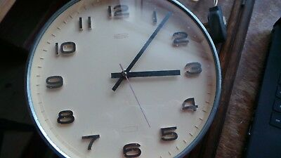 Metamec electric wall clock, Vintage, in good working order