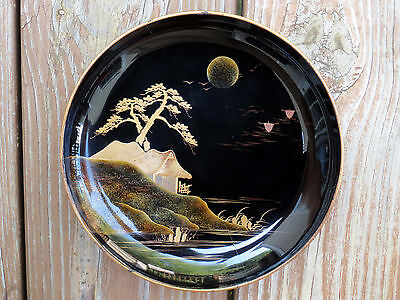 Urushi - Maki-e Dish - Traditional Japanese Lacquer Artwork