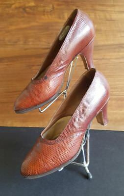 Super pair of French Vintage 1930's/40's two tone snakeskin shoes.