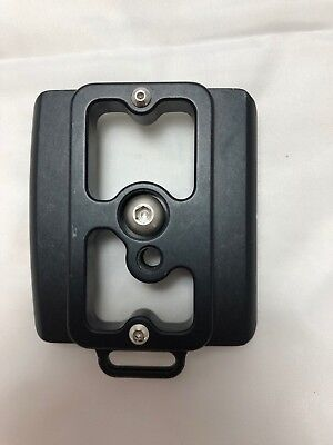 Kirk PZ-143 Quick Release Camera Plate for Nikon D7000 with MB-D11 Battery Grip