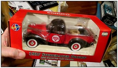 Crown Premiums 1937 Studebaker Coupe Express die cast 1/24 CONOCO gas oil