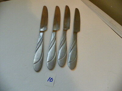Set Of 4  Hampton  Swirl Glossy / Satin Finish  Dinner Knives Stainless Flatware