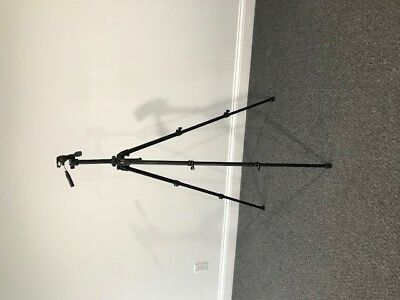Slik Able 300DX Tripod with 3-Way Pan Tilt Head #615-310