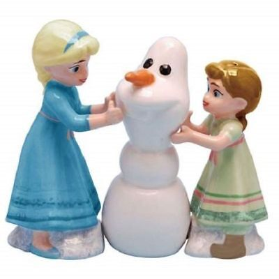 DISNEY DO YOU WANT TO BUILD A SNOWMAN SALT AND PEPPER SET by WESTLANDS -NEW