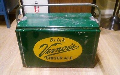 Vintage Drink Vernor's Ginger Ale Soda Pop Picnic Cooler 1950s camping Ice Cold