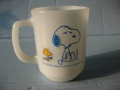 "Vintage 1965 Fire King Peanuts Snoopy & Woodstock Cup ""Before Coffee Break"""