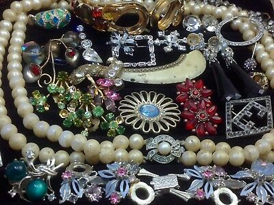 Large Lot Of Vintage~Now Rhinestone, Crystal.. Jewelry For Repair, Parts.. (E17)