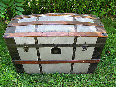 Nice Antique Barrel Top Steamer Saratoga Trunk Chest - Local Pick-up Only