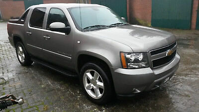 Chevrolet Avalanche Pick up Pickup 4x4 LPG ( Dodge Ram )