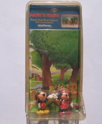 Disney Mickey & Friends Fold Out Play Scene with 2 Figurines Applause 1990s