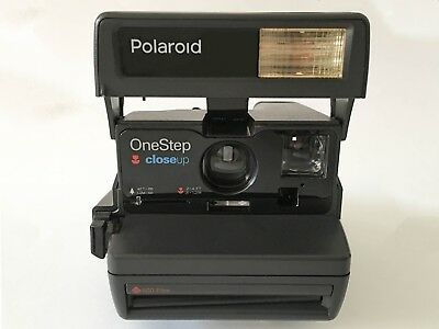 POLAROID 600 One Step Close Up Instant Camera With Strap