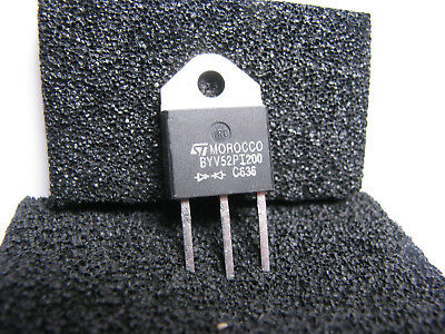 Fast Recovery Diode BYV52PI200  TOP3  Doppeldiode