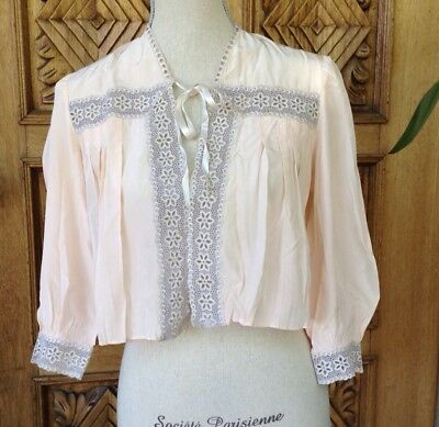 VINTAGE LACE PALE PINK BED JACKET LINGERIE BOUDOIR GRUNGE 1940s TOP SWEET